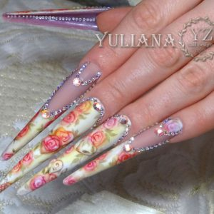 микро акварель на ногтях