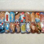 морские дизайны ногтей